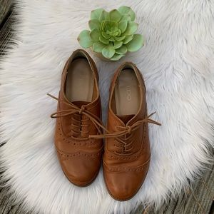ALDO Brown Oxford Lace Up Saddle Shoes